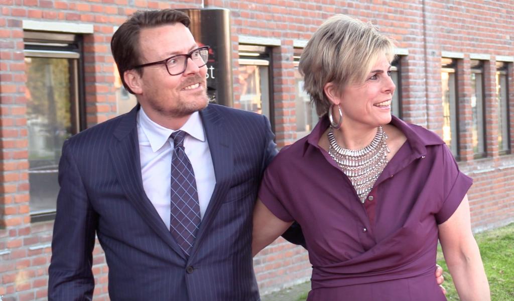 OEPS! Constantijn en Laurentien TE LAAT op Koningsdagconcert!