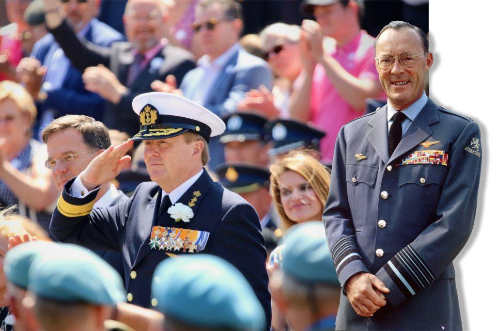 """Prins Bernhard op sterfbed: Veteranendag op mijn verjaardag is """"mijn grote wens"""""""