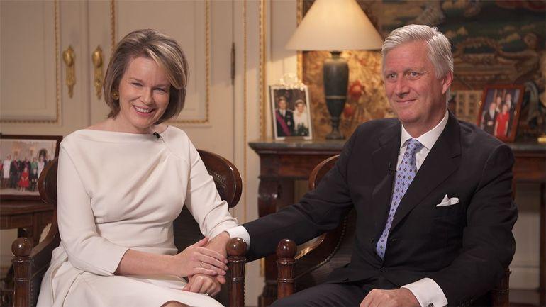 Koningin Mathilde verstopte zich voor verloving met Filip in boekwinkel (VIDEO)