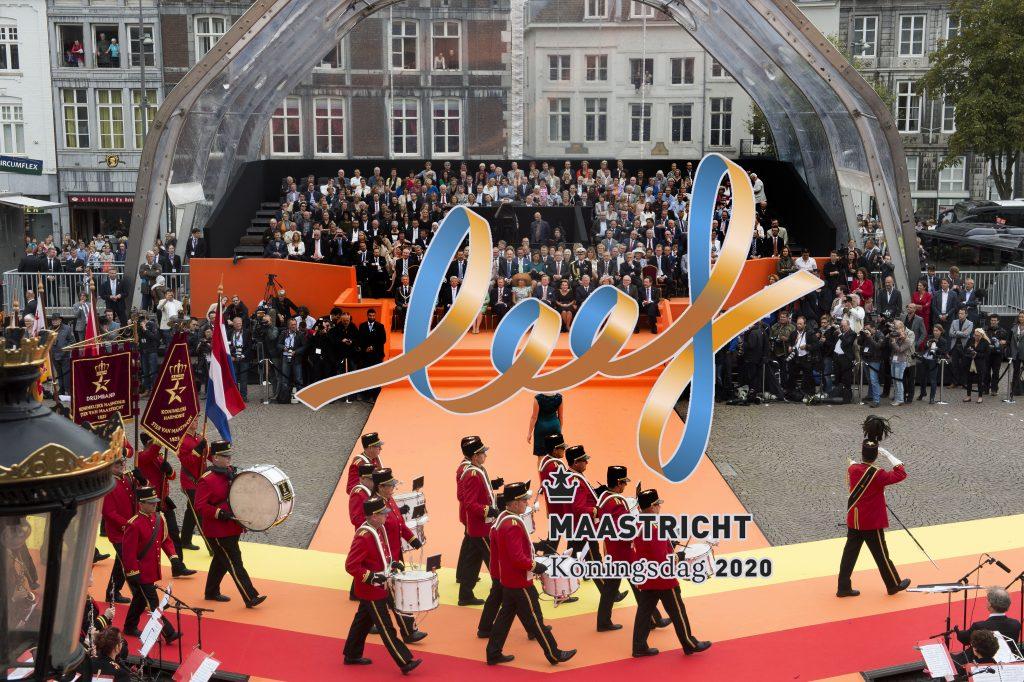 """Dubbelzinnig thema Koningsdag 2020 in Nederlands én dialect: """"Leef Maastricht!"""""""